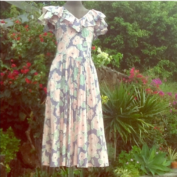 0962ae1f642 Vintage LAURA ASHLEY floral garden party dress